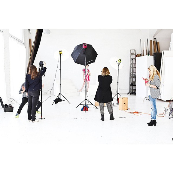 Chicago-Fashion-Photographer_Jennifer-Avello_for_Glossed-and-Found-SPRING-FASHION_Style-Academy_BTS_019