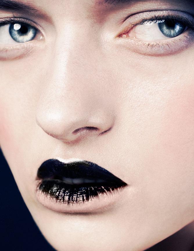 Black Lip Macro Beauty