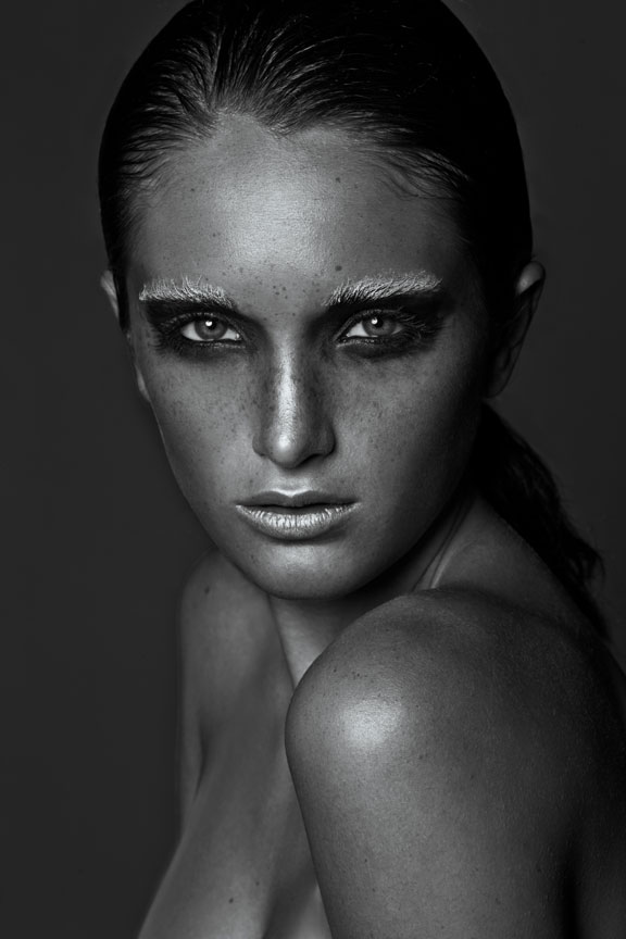 dramatic black and white beauty