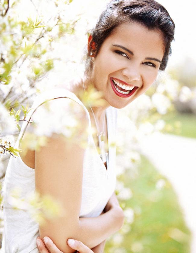 Beauty Portrait laughingin the flowers